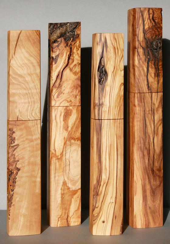 große Woodandform Salz- und Pfeffermühlen aus Olivenholz - Weihnachtsgeschenke für Männer